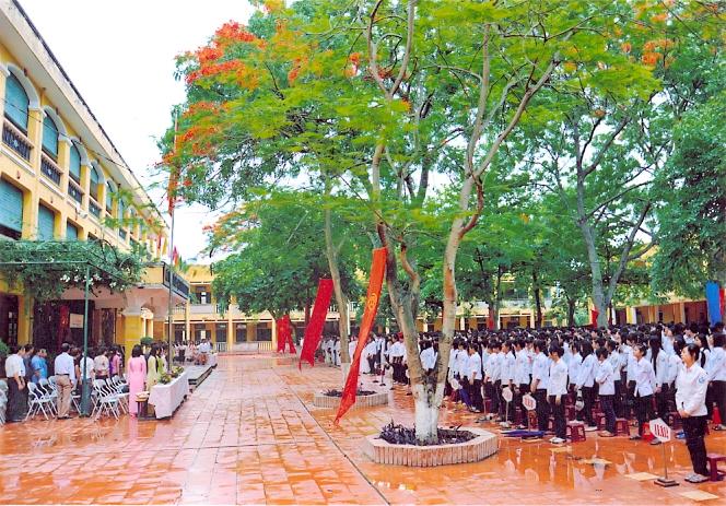 truong hoc ngo thi nham gan chung cu tabudec plaza